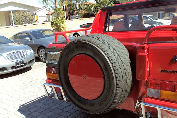LM002 spare tire